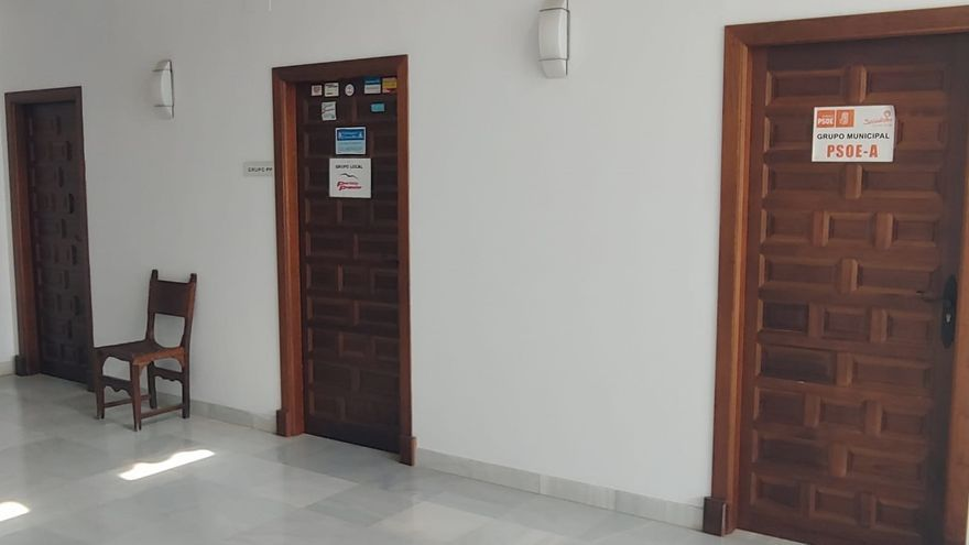 El Defensor pide explicaciones al Ayuntamiento de Castro de por qué no tiene despacho IU, la más votada el 26M