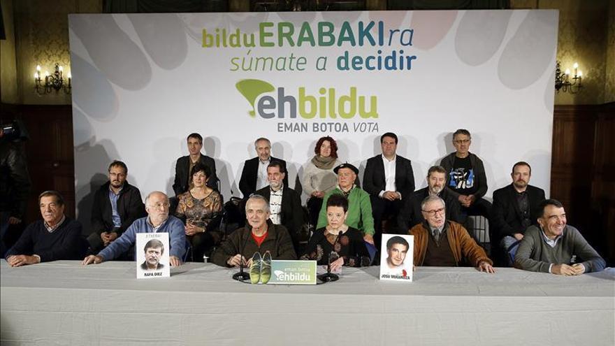 Más de 200 expresos de ETA piden el voto para EH Bildu en las generales