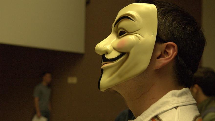 Commander X fue el primer 'hacktivista' perteneciente a Anonymous al que defendió