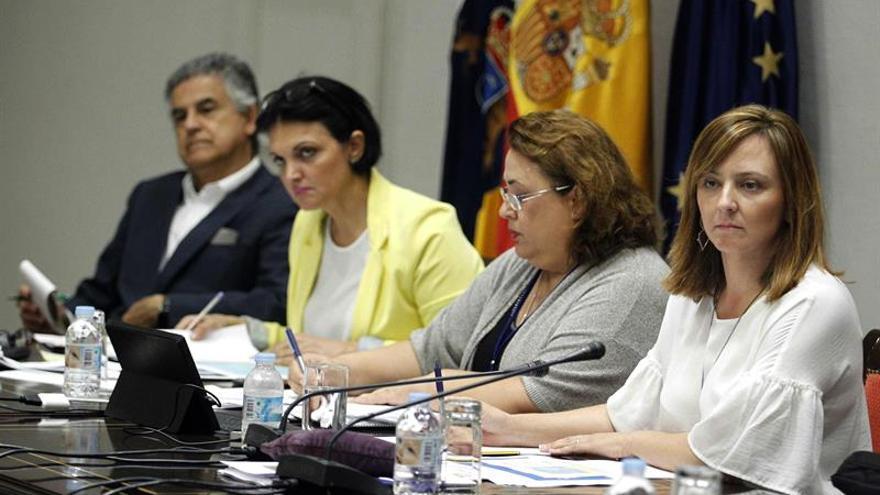 La consejera de Política Territorial, Sostenibilidad y Seguridad del Gobierno de Canarias, Nieves Lady Barreto, compareció en comisión parlamentaria para hablar del proyecto de ley de Presupuestos Generales de la Comunidad Autónoma de Canarias par 2018.