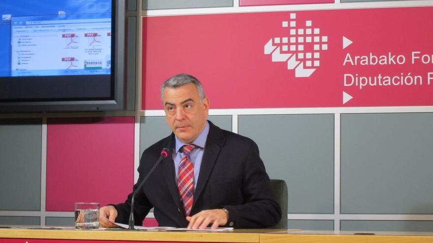 De Andrés (PP) no descarta presentar su candidatura si se produce un pacto entre EH Bildu, Podemos e Irabazi