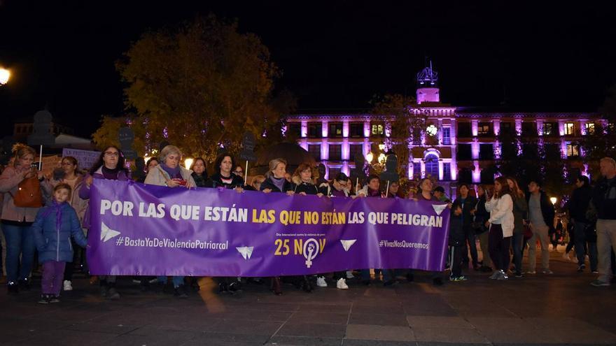 Manifestación en Toledo con motivo del 25N de 2019
