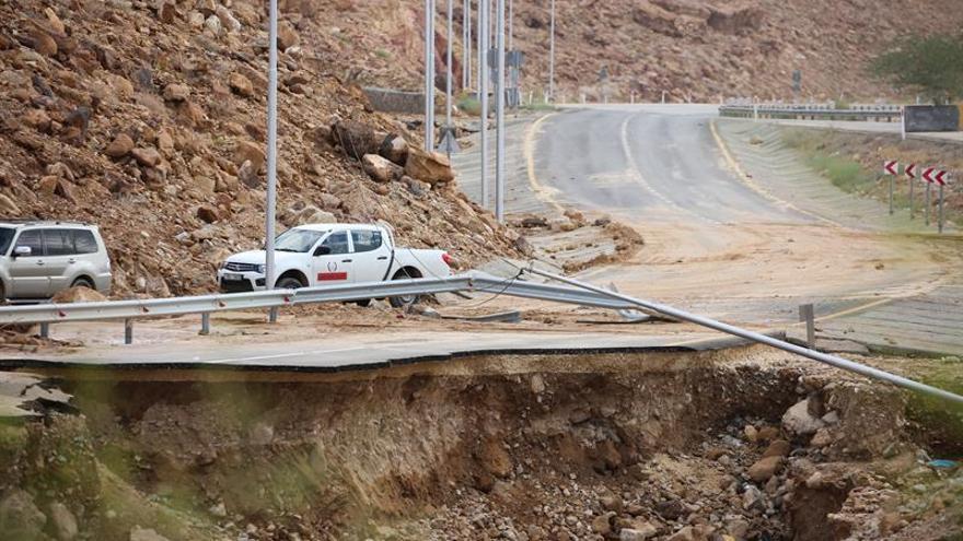 Al menos 7 muertos en inundaciones por lluvias torrenciales en Jordania