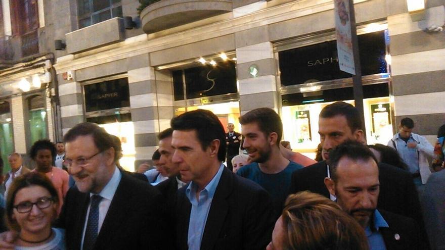 """Rajoy confirma que se reserva """"algún anuncio importante"""" para la recta final de campaña"""