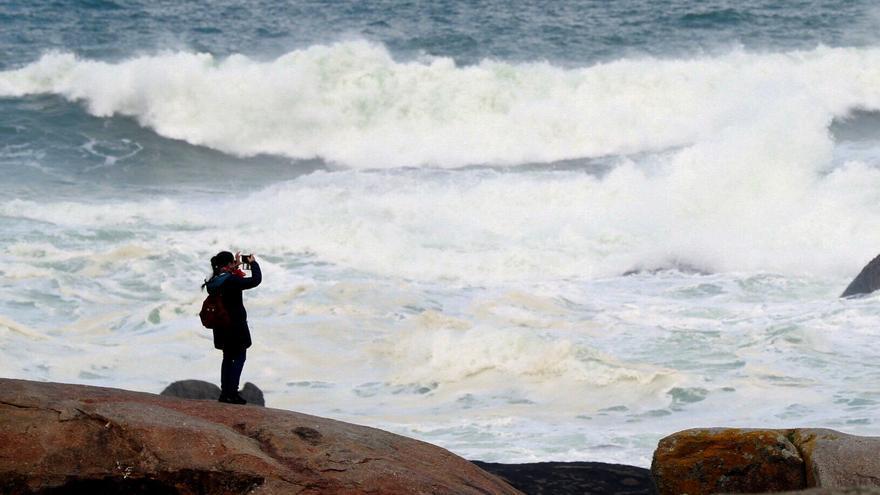 Hoy, tiempo seco y estable salvo en los litorales, donde se prevén lluvias
