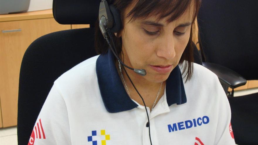Atención telefónica de un médico del Servicio de Urgencias Canario.