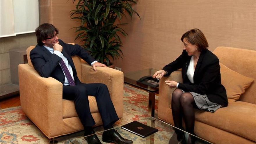 """Puigdemont impulsa su primera """"ley de Estado"""" antes de la ronda de partidos"""
