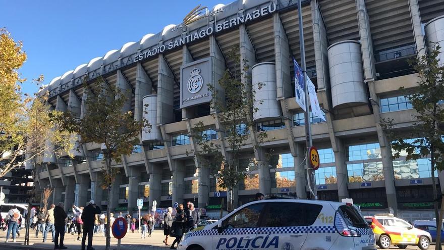 El segundo hincha argentino detenido en Barajas es un 'barra brava' que no puede acceder al estadio de River