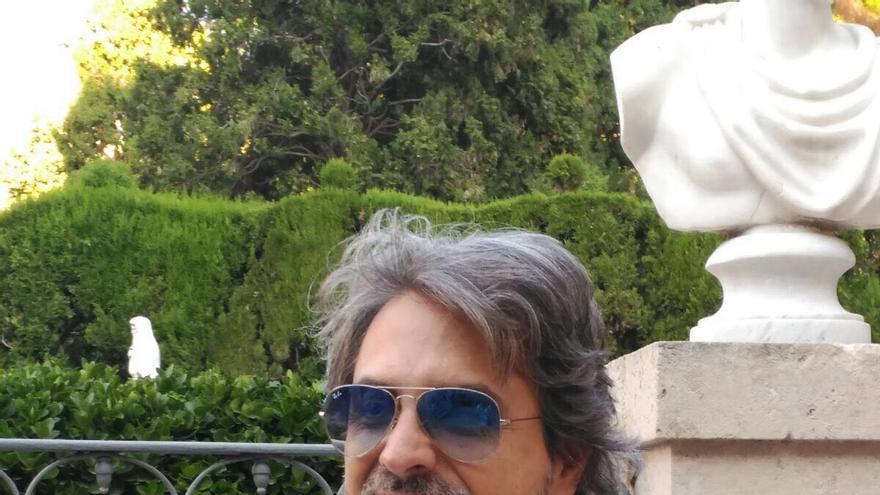 Joan Oleaque, autor de 'En éxtasi'