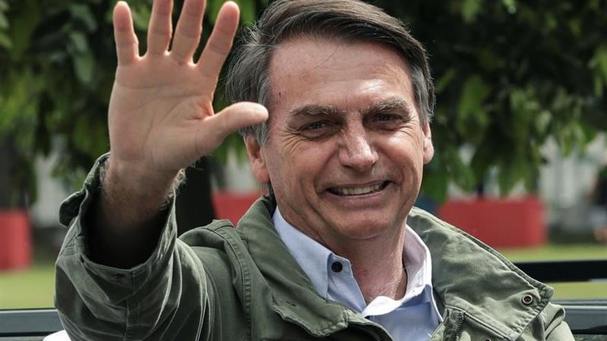Bolsonaro se reunirá con Temer el miércoles para definir la transición