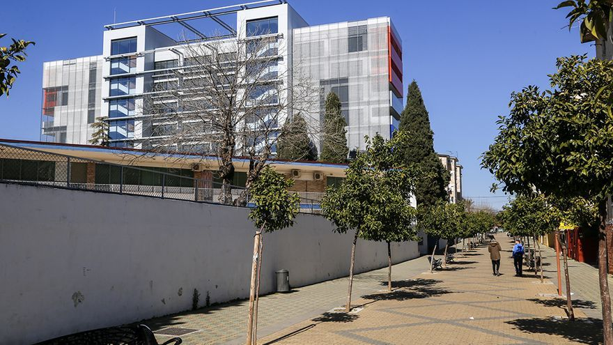 Edificio de la Normal de Magisterio, pendiente de recepcionar sus obras | ÁLEX GALLEGOS
