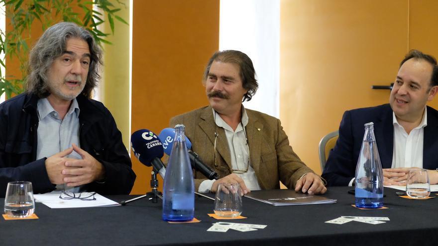 Joaquín Gálvez, 'Wineman', en la presentación del curso de sumiller de este lunes en Santa Cruz
