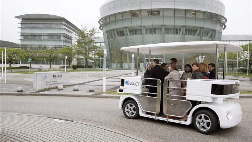 Estreno europeo en Estrasburgo del vehículo eléctrico sin conductor CATS