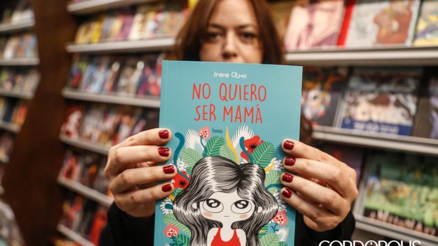 Irene Olmo, autora de 'No quiero ser mamá' |ALEX GALLEGOS