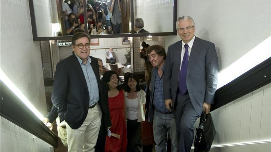 """Nace una plataforma impulsada por Garzón para sacar a España del """"pozo ciego"""""""