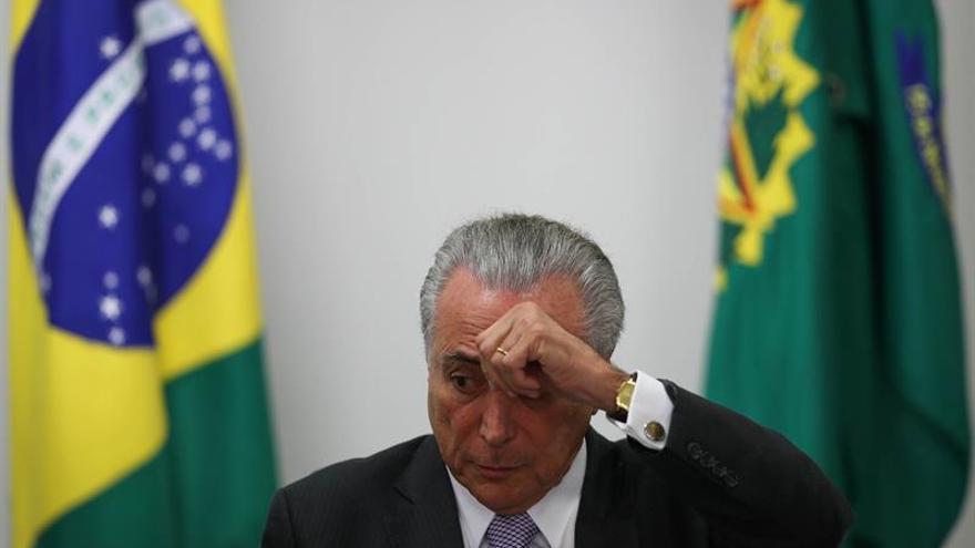 El mercado brasileño mejora la previsión del PIB y empeora la de inflación en 2016