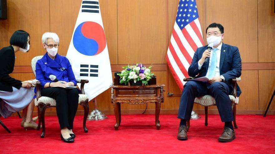 Seúl y Washington tratan el reinicio del contacto telefónico con Pionyang