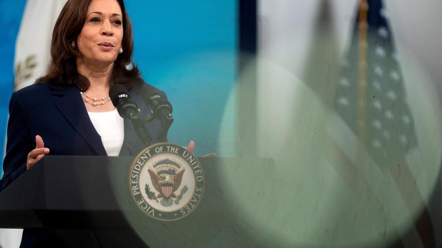 Harris: EEUU debe responder ante las destituciones de jueces en El Salvador
