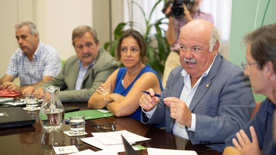 La Junta de Andalucía encargó el primer muestreo de listeriosis 38 días antes de decretar la alerta ...