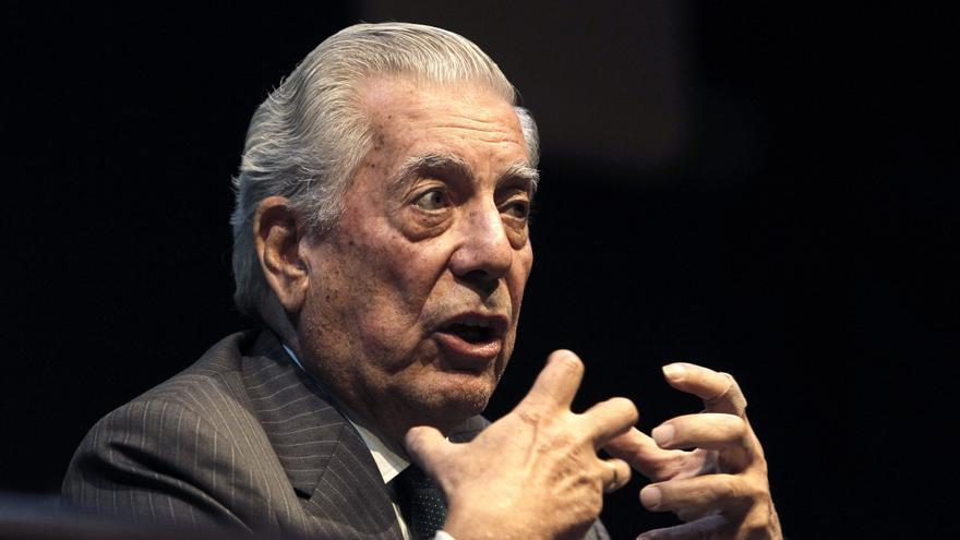 El escritor Mario Vargas Llosa. / EFE