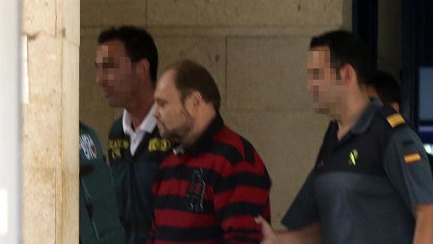 """El sospechoso de haber raptado hace nueve años al niño Yéremi Vargas en Vecindario, Antonio O.B., conocido como """"El Rubio"""". EFE/Elvira Urquijo A."""