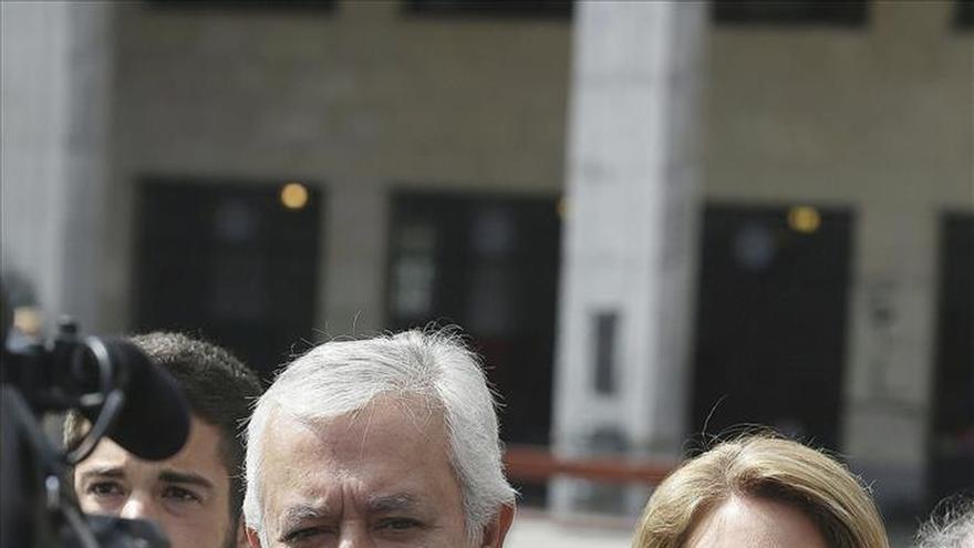 """Arenas critica a los partidos de """"ocurrencias"""", que son un líder y una cámara"""