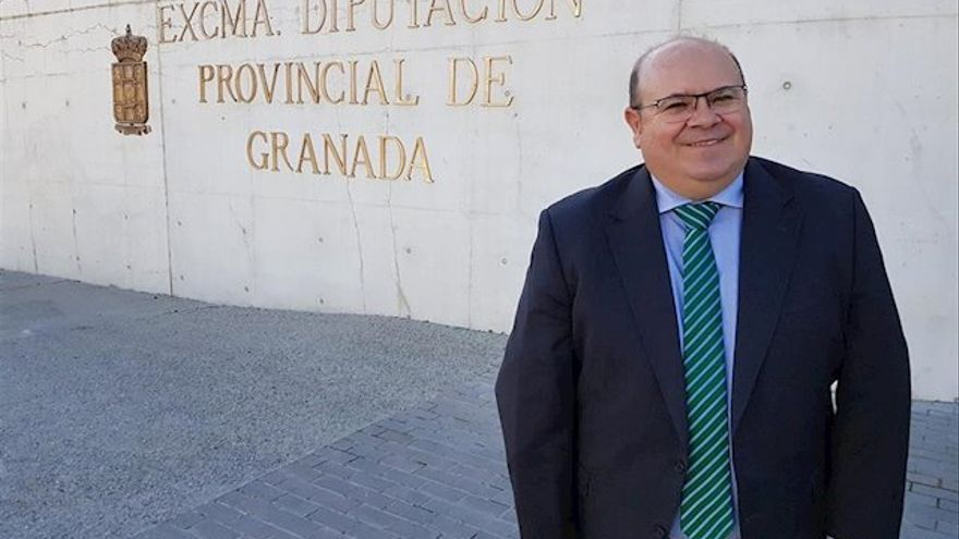 La figura de José Antonio Robles emerge de nuevo en pleno conflicto