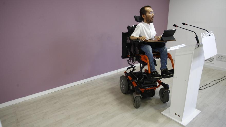 Podemos permite a sus cargos con hijos o con discapacidad incrementar su salario hasta los 3.243 euros al mes