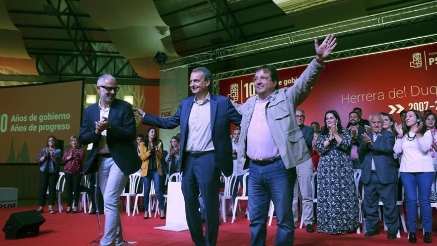 Zapatero y Vara piden a Puigdemont que rectifique y convoque elecciones