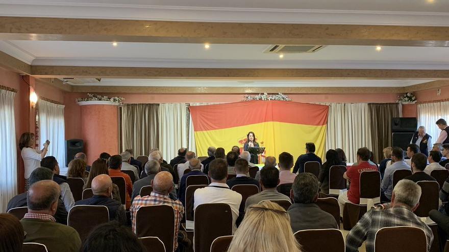 Ana Vega participa en un acto de Vox en Alicante