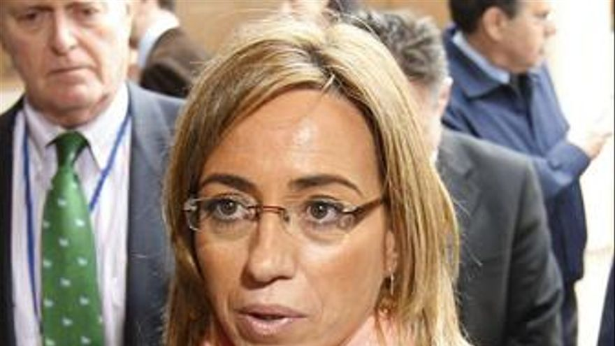 Carme Chacón en la reunión de ministros de la OTAN en Bruselas