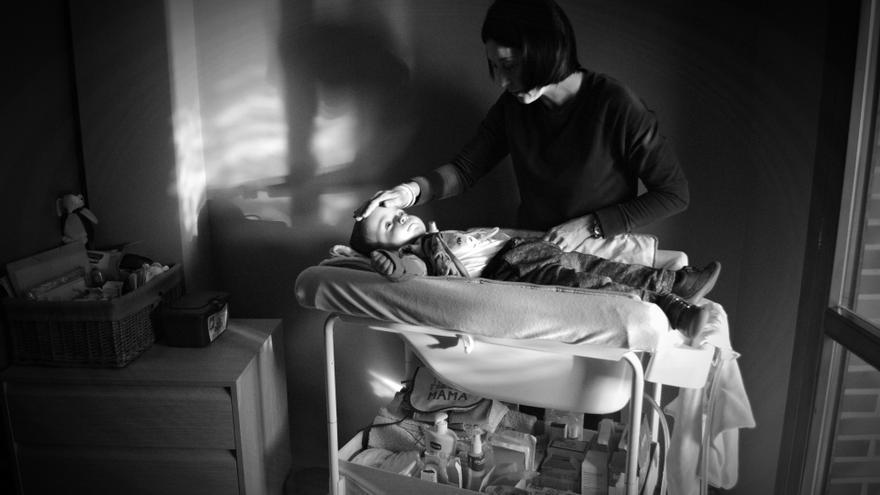 Hugo fue diagnosticado con Tay-Sachs, una rara y cruel enfermedad neurodegenerativa que va paralizando a los niños y no tiene cura.