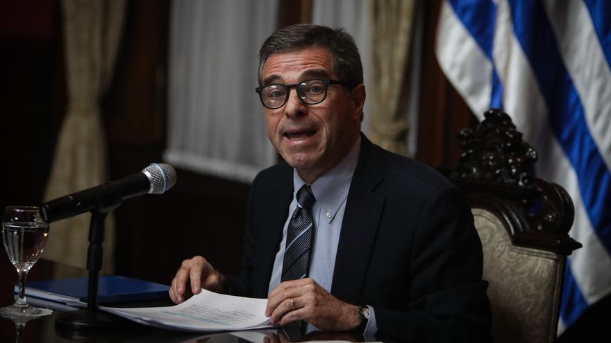 El canciller de Uruguay, Ernesto Talvi, presentó su renuncia hoy miércoles 1 de julio del 2020, justo un día antes de que Uruguay asumiera la presidencia de Mercosur.