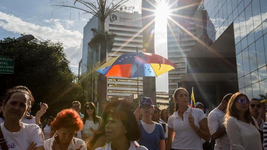 Algunos accesos a Caracas bloqueados y el metro cerrado ante manifestaciones