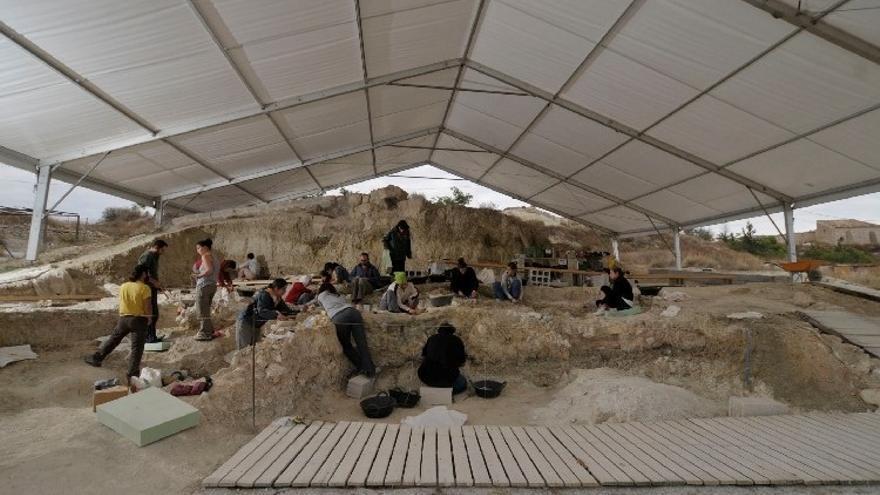 Arranca la campaña de excavaciones en Orce con la posibilidad de hallar restos humanos y el cráneo de un mamut
