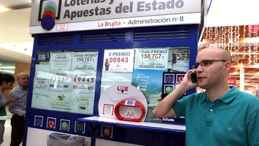 El gerente de la Administración de Lotería número 8 de Telde 'La Brujita', Alberto Suárez