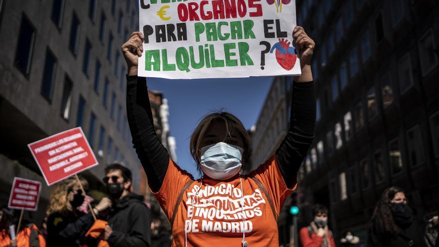 Asociaciones vecinales en defensa del derecho a la vivienda en Madrid.