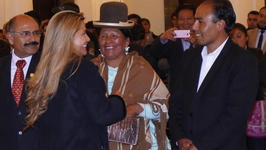 La república se cuela en actos oficiales del Estado Plurinacional de Bolivia