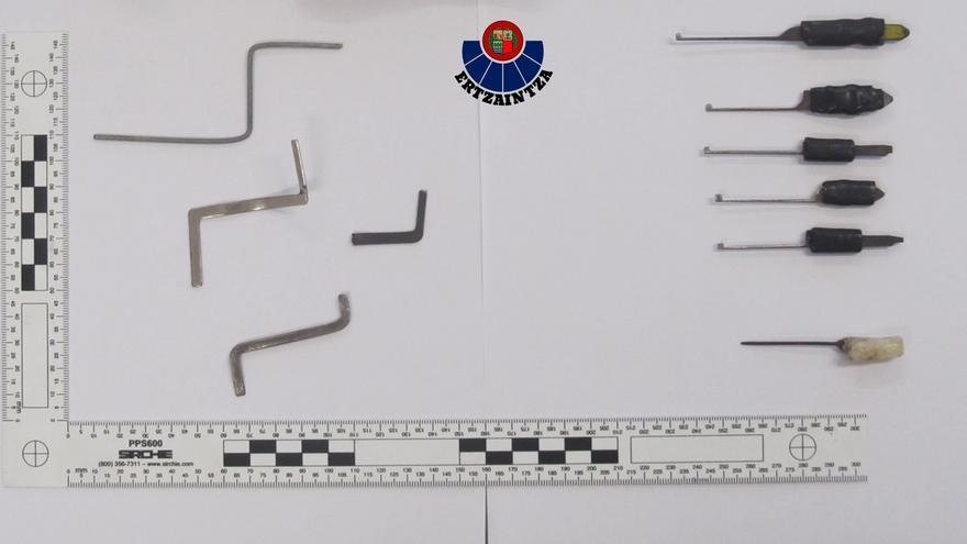 Desmantelada una banda de georgianos acusada de cometer medio centenar de robos en pisos de Zarautz y Zumaia