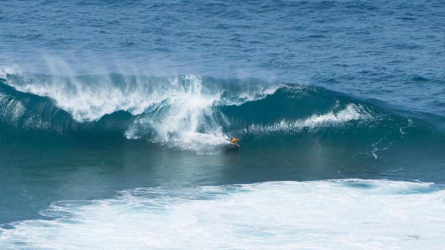 La ola de El Frontón.