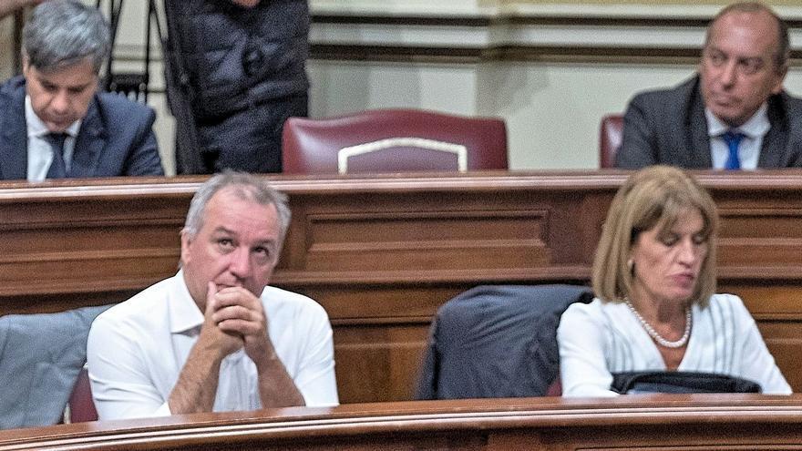 El portavoz parlamentario de Nueva Canarias, Luis Campos