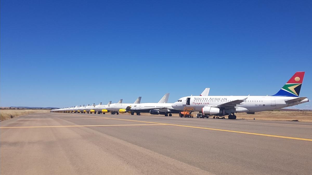 Zona de parking del aeropuerto de Ciudad Real