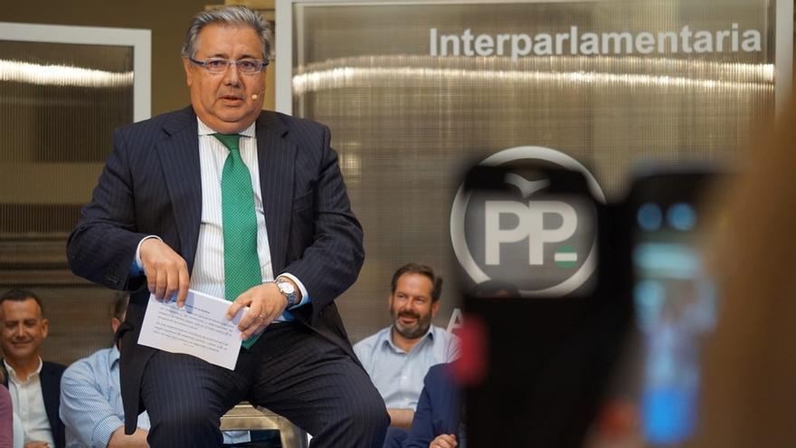 """Zoido: Casado está """"volcado"""" con Andalucía y a Sánchez """"o no le dejan"""" o """"es que no está comprometido"""""""