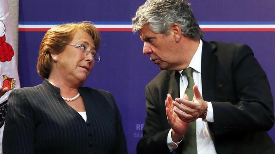 La oposición chilena interpelará al ministro de Educación por reforma