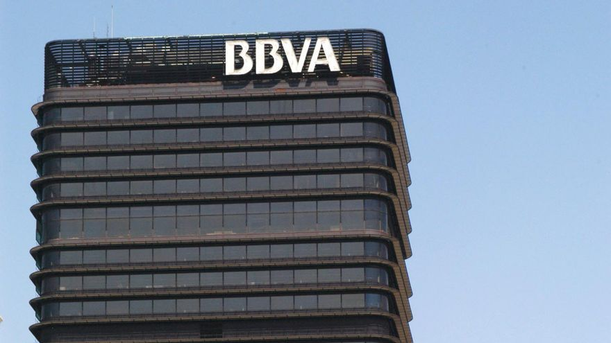 Brookfield acuerda comprar a BBVA acciones de Abertis por 73 millones