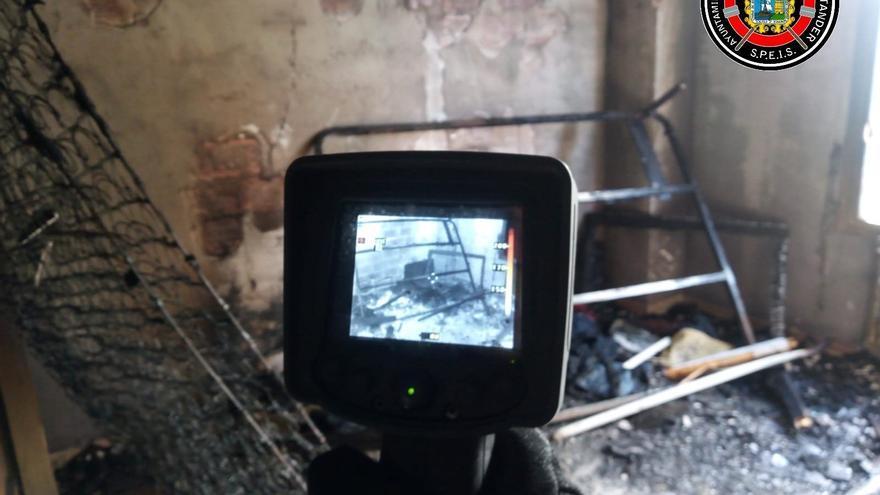 Incendio en una vivienda de la calle Gutiérrez Solana de Santander