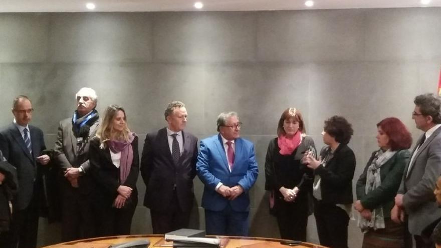 El Intergrupo del Congreso por Palestina premia a Ahed Tamimi por su compromiso con la libertad