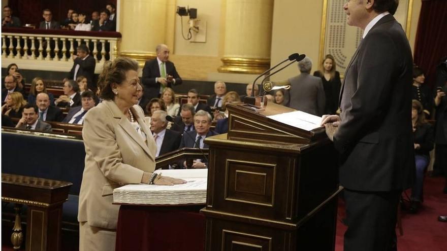 Rita Barberá presenta la documentación necesaria para seguir siendo senadora en la próxima legislatura