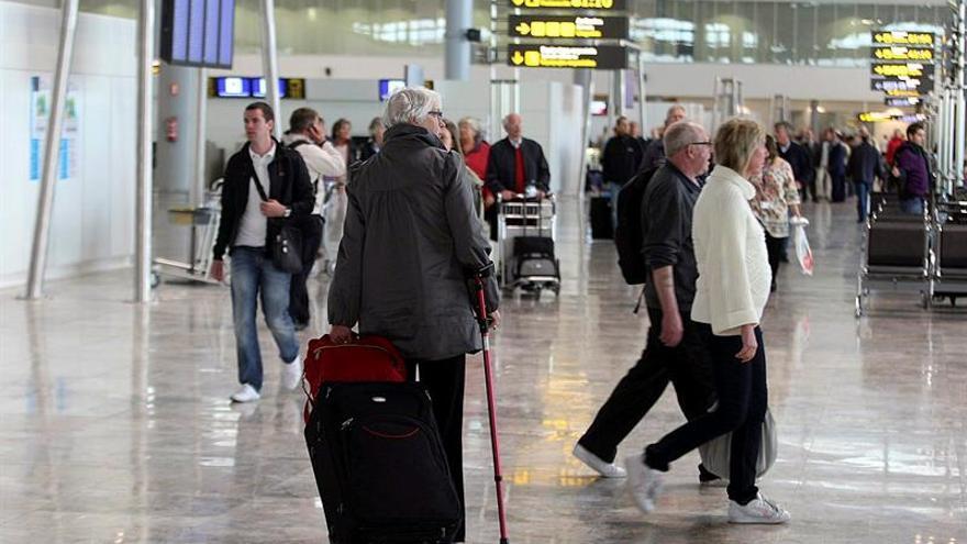 El aeropuerto de Alicante marca un registro histórico con el pasajero 12 millones
