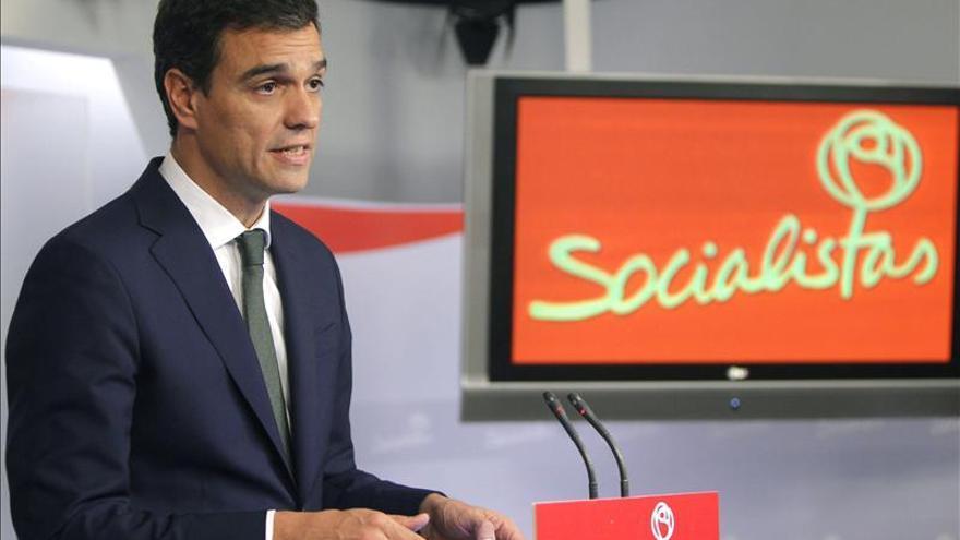 El PSOE registra la propuesta de Sánchez de dedicación exclusiva para los diputados